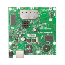 RB911G-5HPnD: RouterBoard 911 CPE with 5GHz Dual Chain wireless